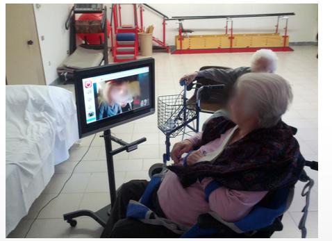 Aiuto ai disabili - Videochiamata Semplificata Per persone con difficoltà e disabili - Skype